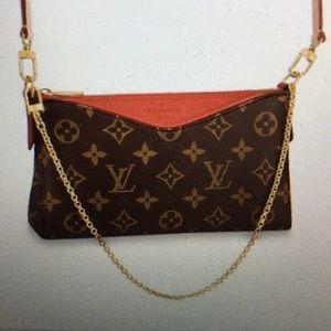 e09a29272 Louis Vuitton · Louis Vuitton Pallas. Clutch